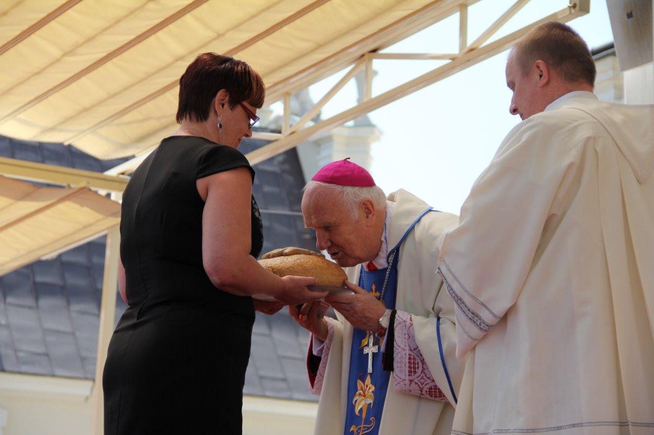 Dziękujemy Ci Ojcze nasz za chleb powszedni